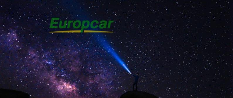 europcar et son impact sur la relation client imagé par un une lumière dans un ciel étoilé