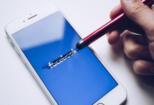 Facebook rayé par crainte de la surexploitation des data par l'IA